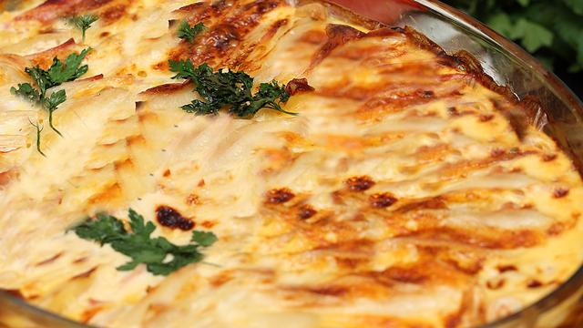 صورة طريقة صينية البطاطس , طريقة تحضير اروع صينية بطاطس