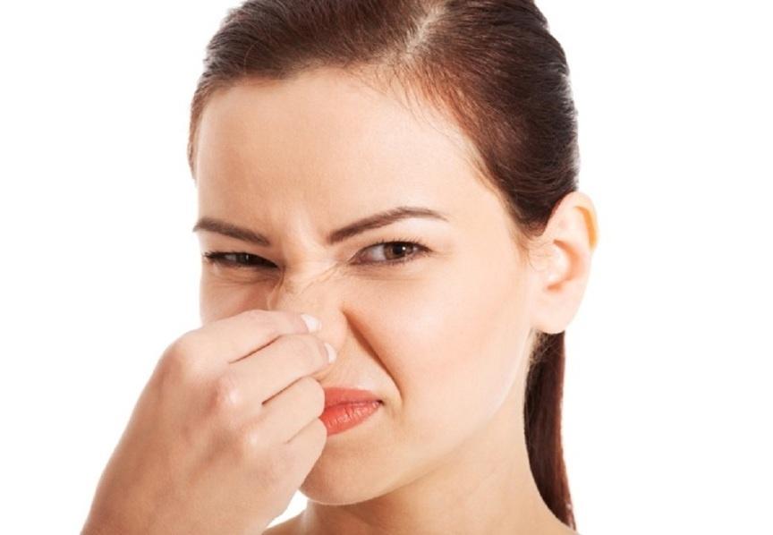 صورة ما سبب خروج رائحة كريهة من المهبل , علاج رائحة المهبل الكريهة للسيدات