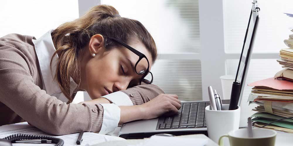 صورة اسباب التعب والخمول , عدم اليقظة والنوم