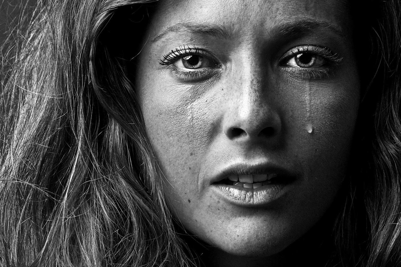 بالصور صور دموع وفراق , اصعب الصور للفراق والالام بالدموع 2199 7