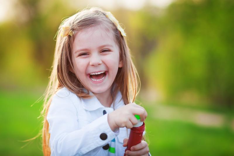 صورة عبارات عن براءة الاطفال , الاطفال فراشات الحياة