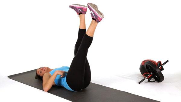 صورة تمارين تصغير الرجلين , ما هي التمارين لتنحيف القدمين