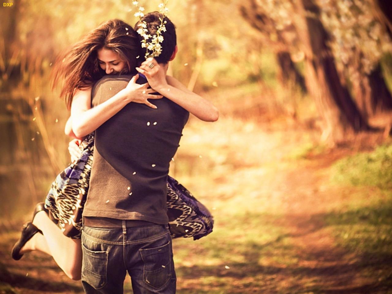 صورة صور للعشاق روعه , لحظات الحب المصوره