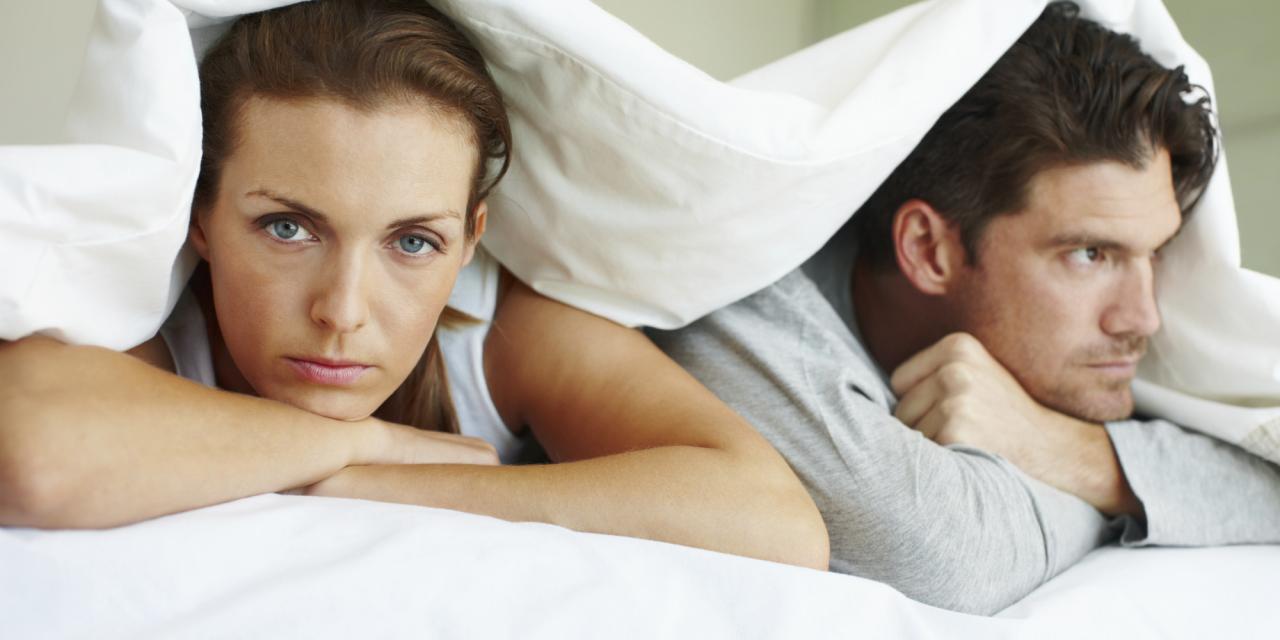 صورة بالصور العلاقة الزوجية , علاقة رومانسية بين الزوجين