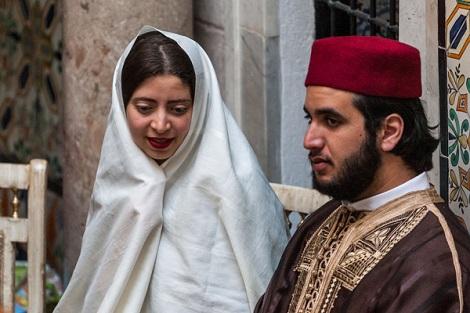 بالصور لباس تقليدي تونسي للرجال , ملابس تونيسيه جديده للرجال 1969 24
