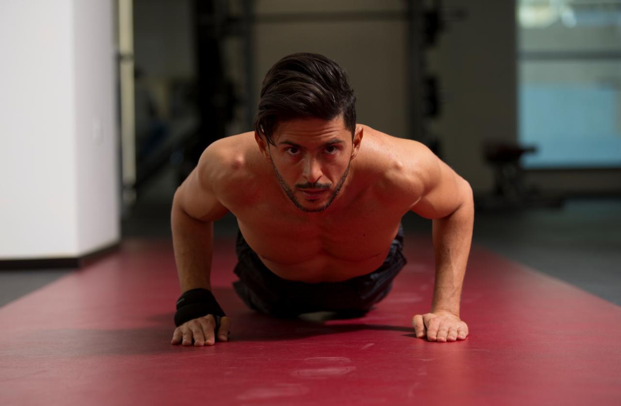 بالصور عضلات الجسم وتمارينها , رياضه وتمارين تفيد جسمك 2049 7