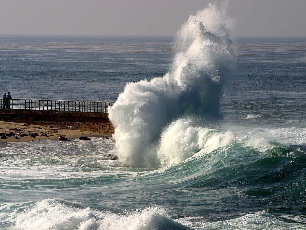 بالصور ما معنى البحر في المنام , تفسير مشاهده البحر في الحلم 215 2