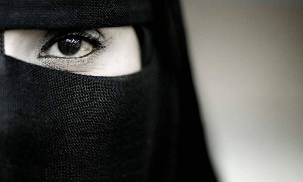 بالصور اجمل عيون بالنقاب , جمال العيون وابرازها من النقاب 2376 3