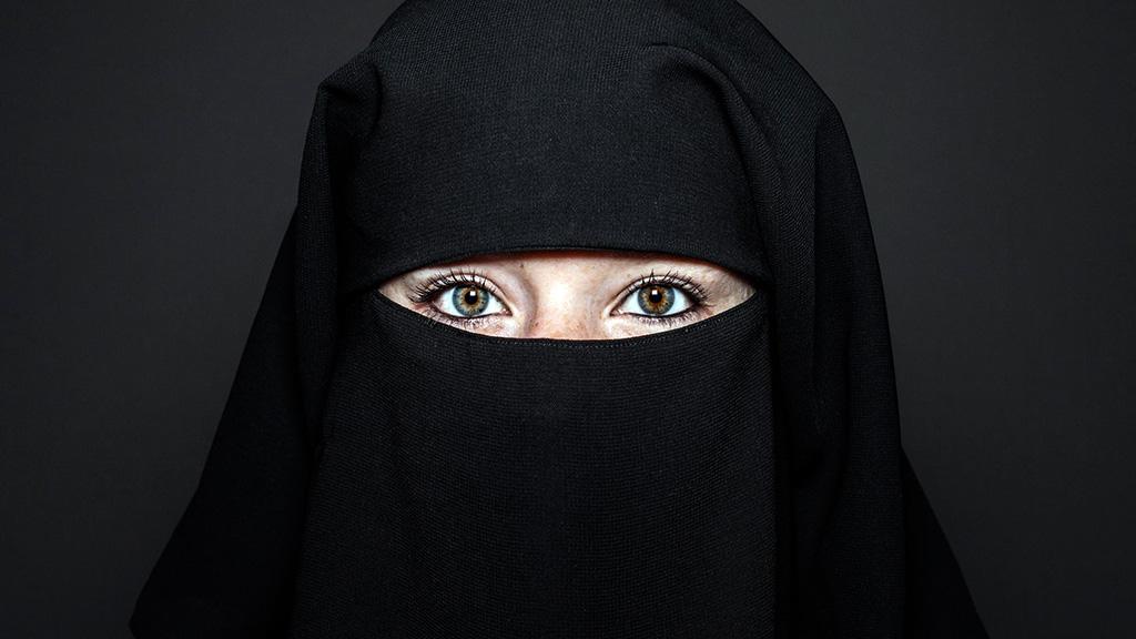 بالصور اجمل عيون بالنقاب , جمال العيون وابرازها من النقاب