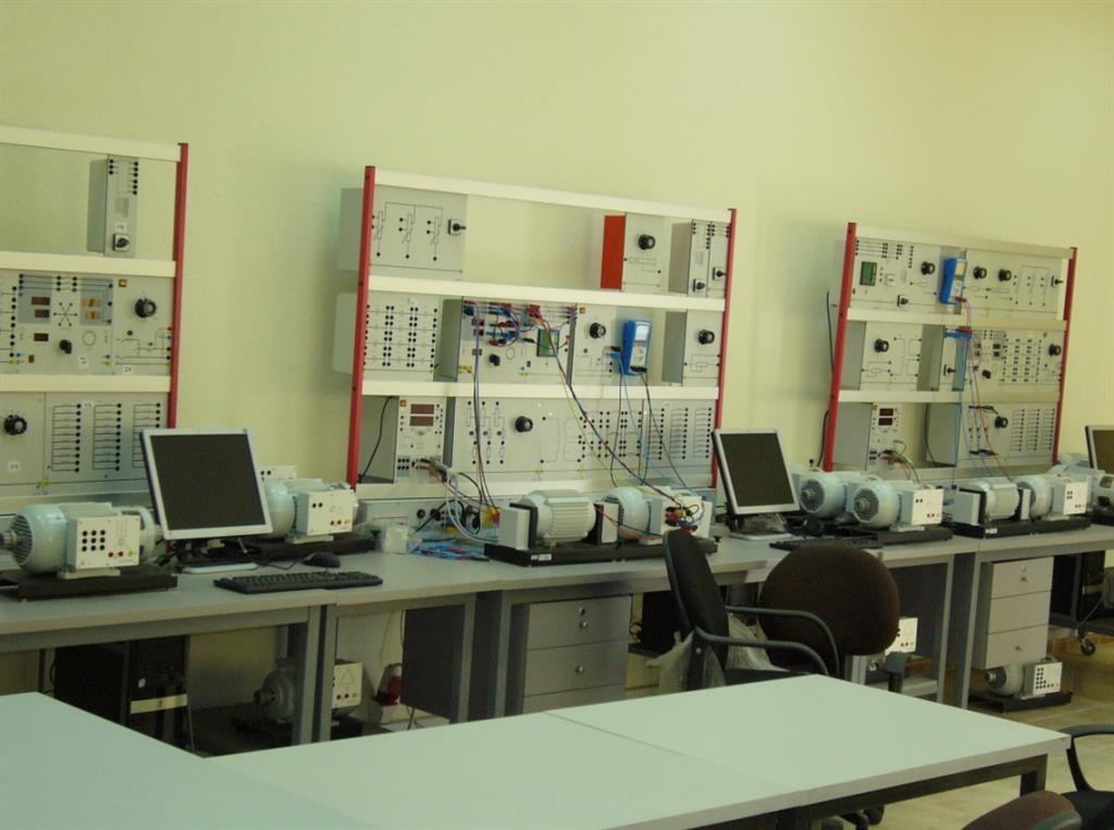 صورة الادوات والاجهزة المعملية , ما اسماء ادوات المختبر و اجهزتها فيها