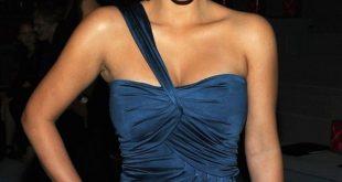 صور مكياج لفستان كحلي , اجمل مكياجات تليق مع الفساتين الزرقاء والكحلي