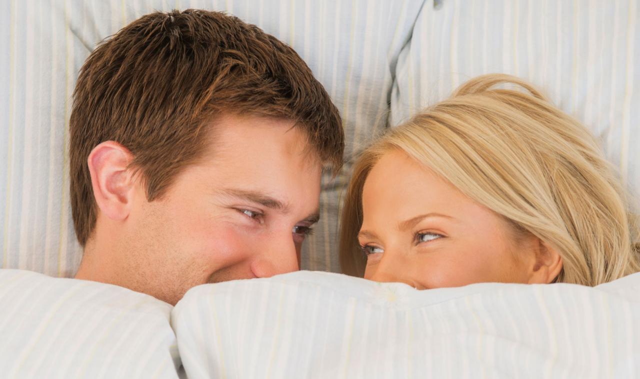 صورة الجنس مع زوجي , تعلمي كيف تتعاملين مع زوجك في الفراش
