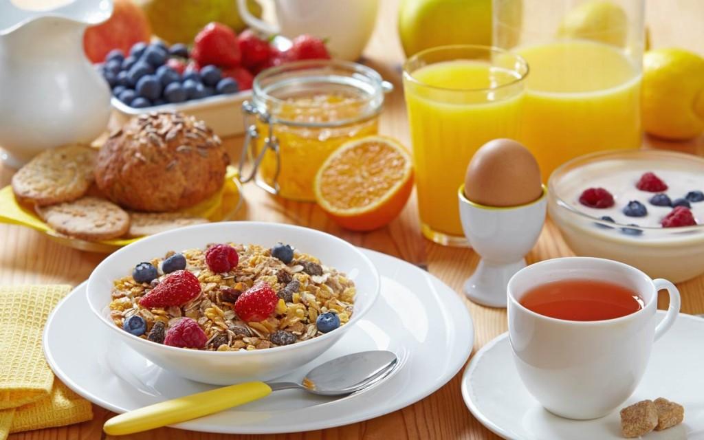 صورة فطور صحي وسريع , تناول فطار في الصباح مهم جدا