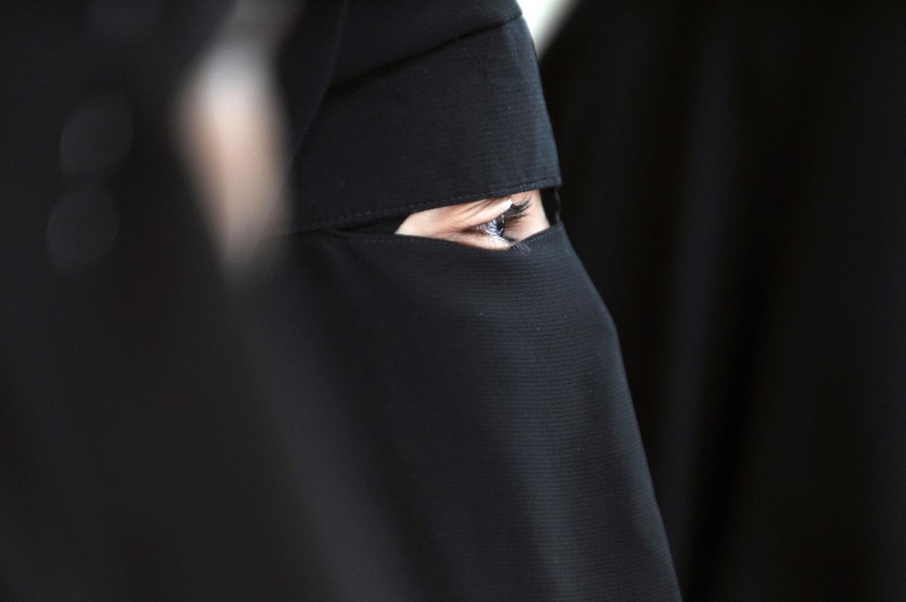 بالصور صور بنات منتقبة , جمال لبس نقاب البنات بالصور 3381 3