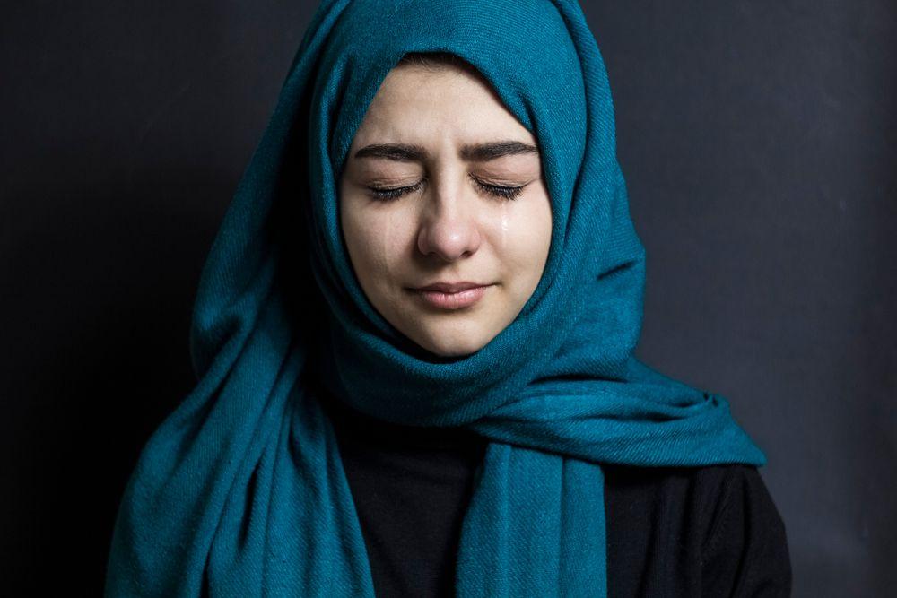بالصور بنات محجبه حزينه , صورة لفتاة حزينة جدا 3385 3