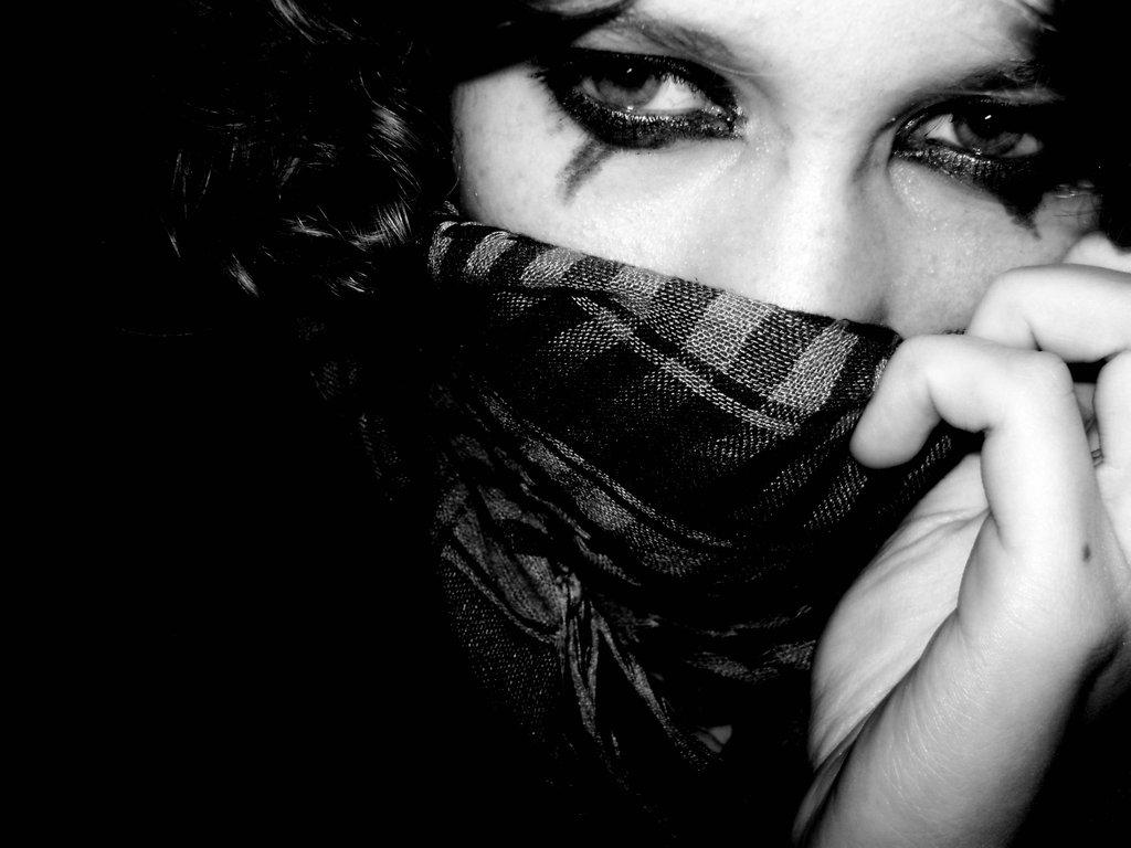 بالصور بنات محجبه حزينه , صورة لفتاة حزينة جدا 3385