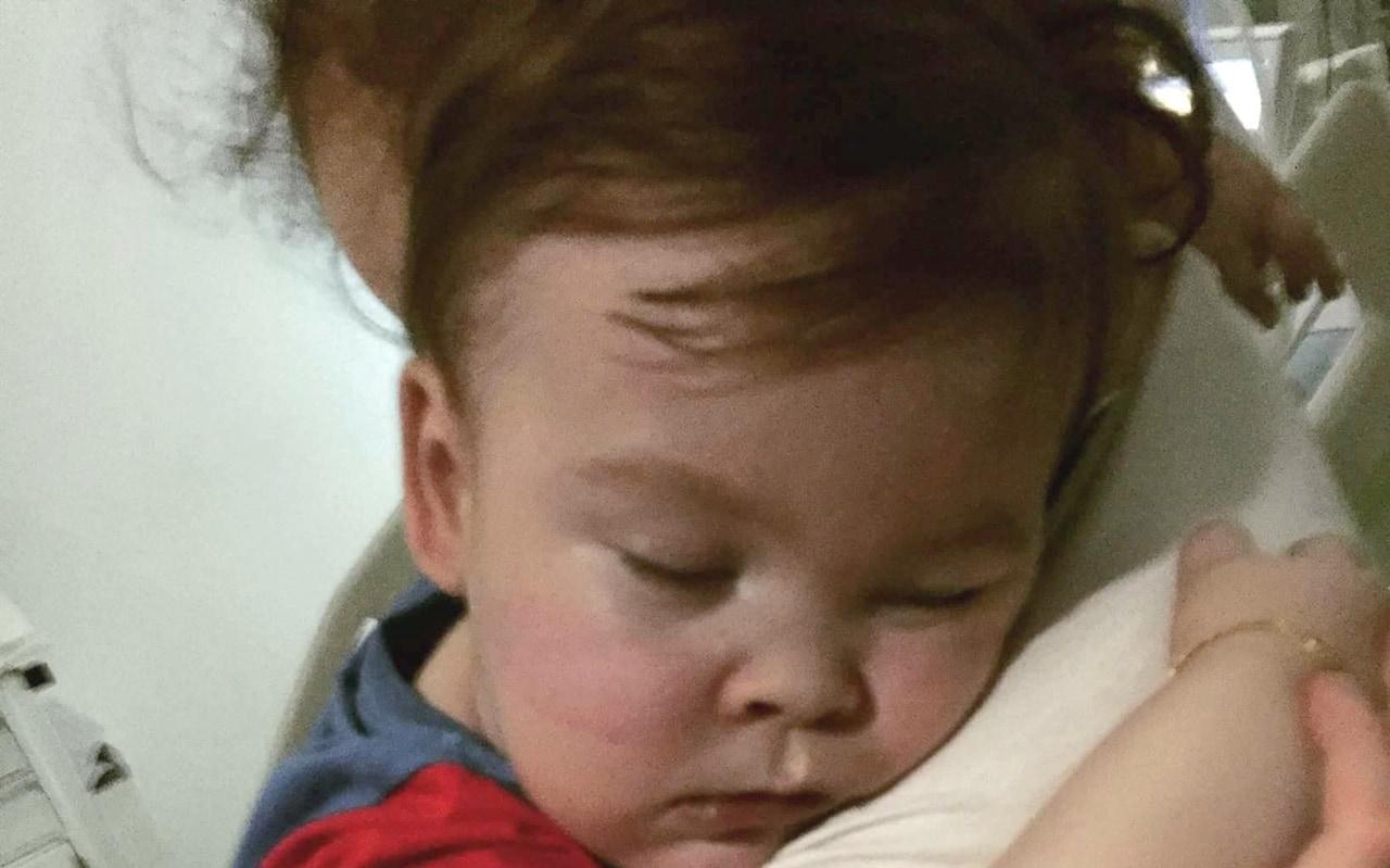 صورة طفل ميت في المنام , تفسير رويه طفل يموت في الحلم