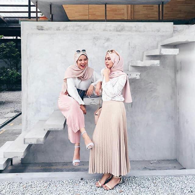 صورة لبس بنات محجبات 2019 , اشكال لبس مناسب للحجاب والموضه