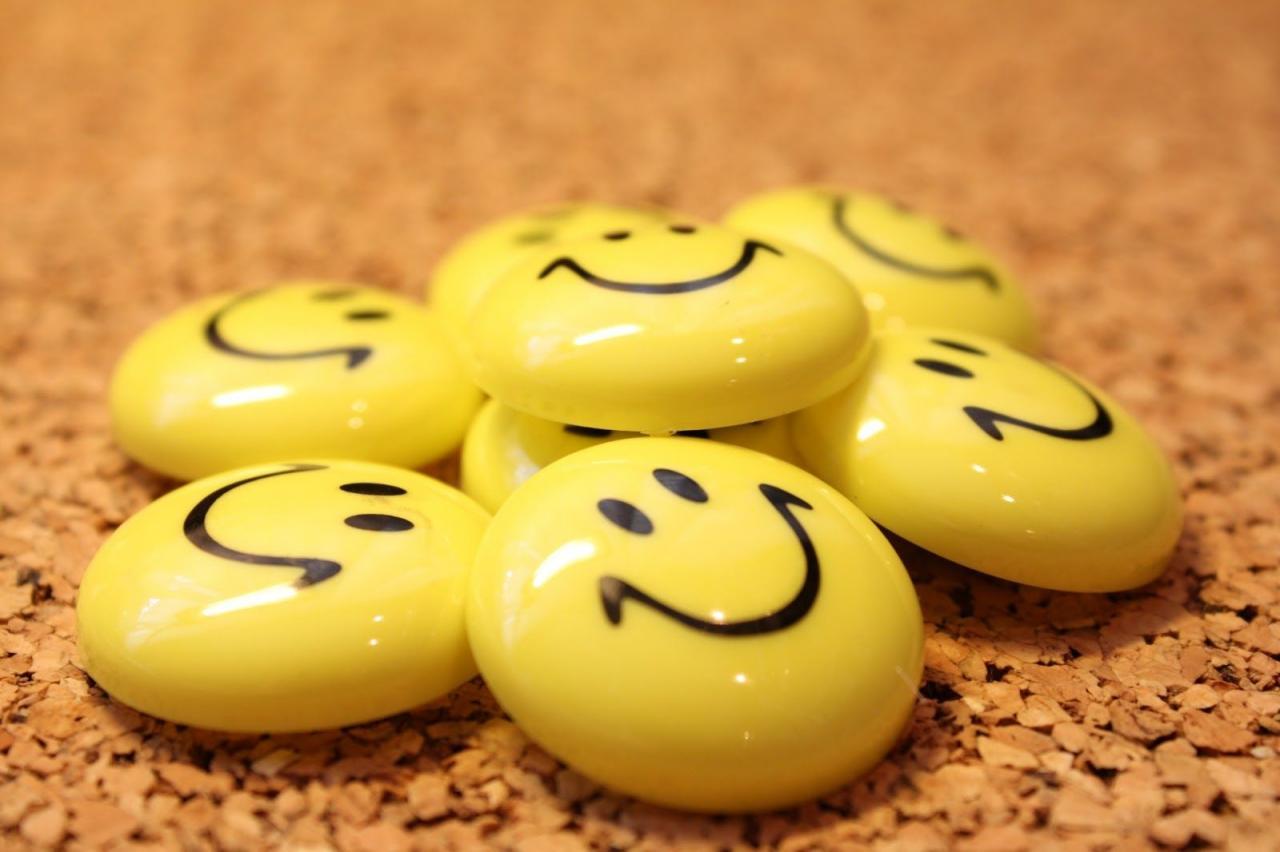 بالصور كلمة صباح عن الابتسامة , صور جميلة لعبارة صباح الابتسامة 6457 11