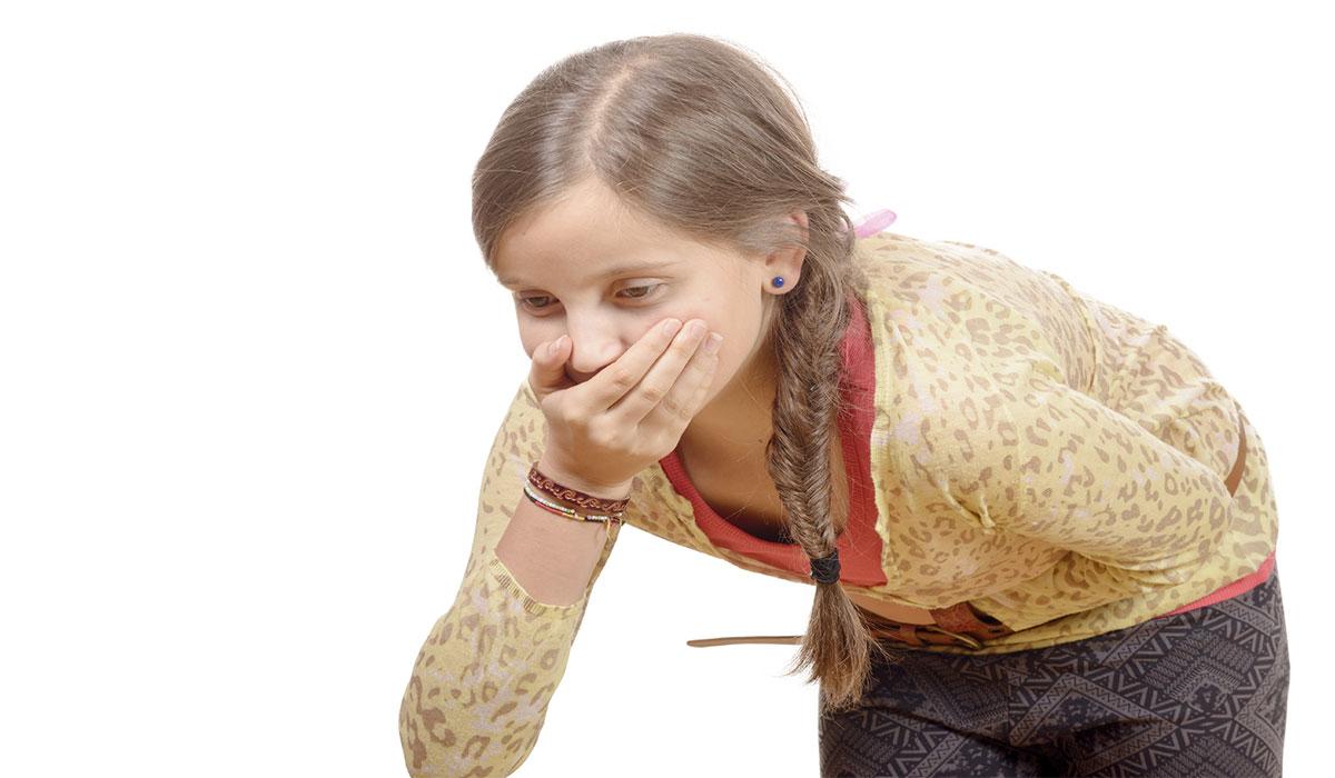 صورة اسباب الترجيع عند الاطفال بدون اسهال , طرق لوقف القئ لدي الاطفال