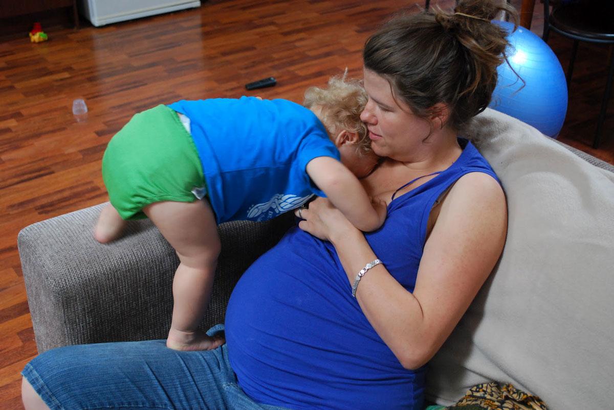 صور الرضاعة الطبيعية والحمل , اعراض تكشف حملك اثناء الرضاعة
