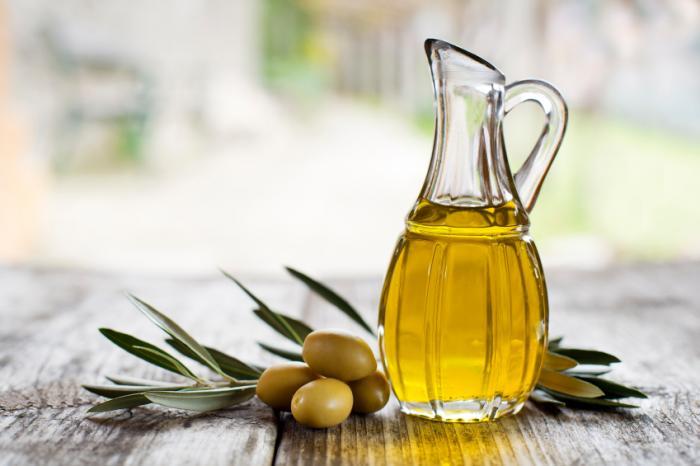 صورة فوائد زيت الزيتون للشعر الجاف , تالقي بشعر لامع وجذاب