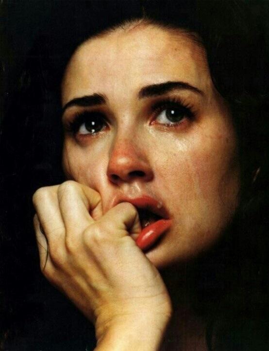 صورة صور بنات حزينه جدا , حزن والم في صور مؤثره جدا