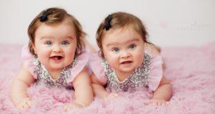 صور صور اطفال تؤام , صور جديده لاجمل اطفال تؤام كيوت وقمرات