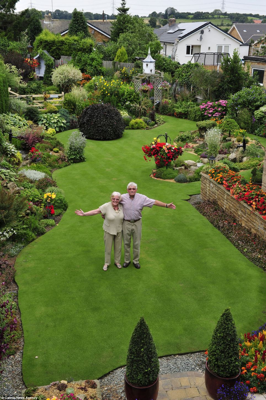 صورة اجمل حديقة منزلية , تصاميم حديثة لحدائق المنازل
