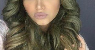 صورة الوان شعر زيتي , كيفيةصبغة الشعر باللون الزيتي
