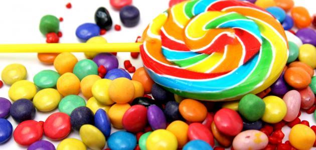 صورة الحلويات في المنام للعزباء , رات فتاة انها تقدم الحلوي