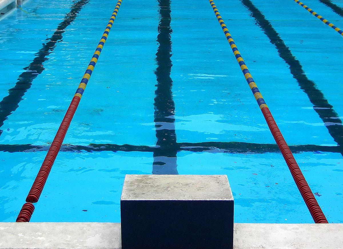 صورة تفسير حلم المسبح لابن سيرين , رايت حمام سباحة في المنام