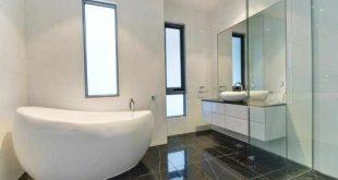 صورة ديكور حمامات صغيرة ، احدث تصاميم لافضل توليت في البيت
